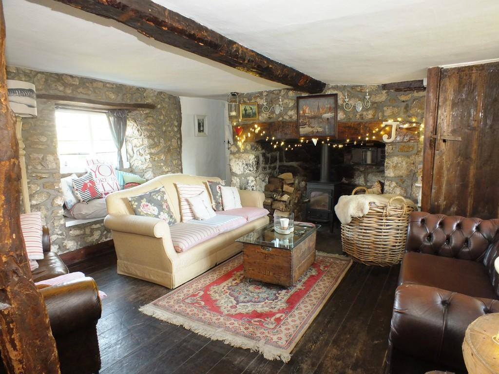 3 Bedrooms Detached House for sale in Watchfield