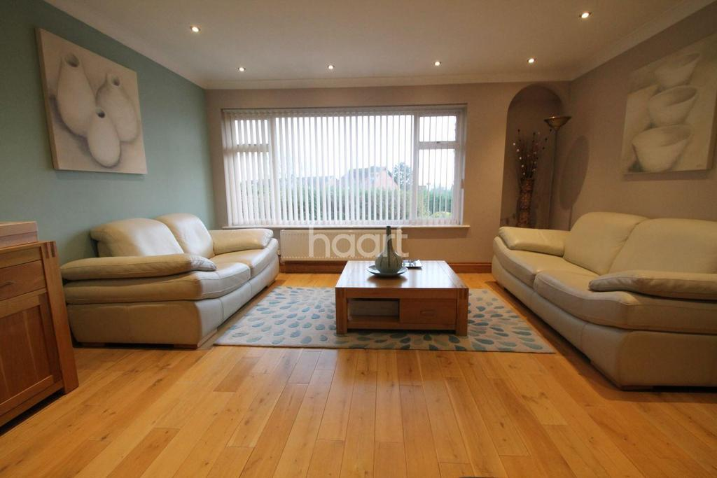 5 Bedrooms Detached House for sale in Vinegar Hill, Undy, Caldicot,