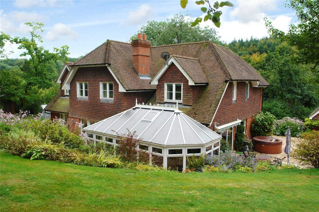 5 Bedrooms Detached House for sale in Medstead Road, Beech, Alton, Hampshire