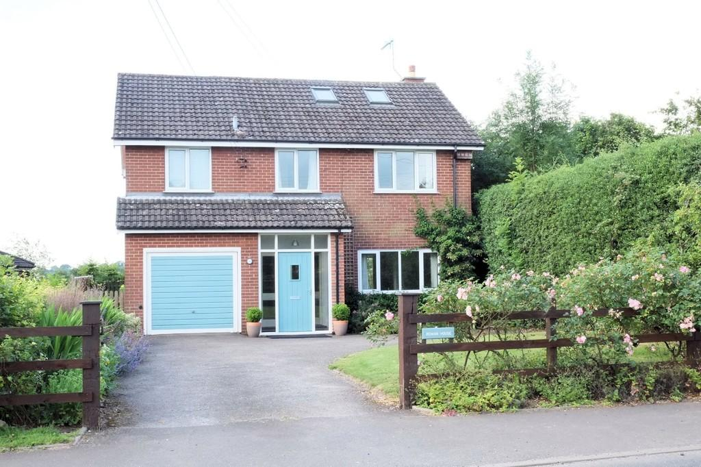4 Bedrooms Detached House for sale in Tythe Barn, Alton, Stoke on Trent, Staffordshire, ST10 4AZ