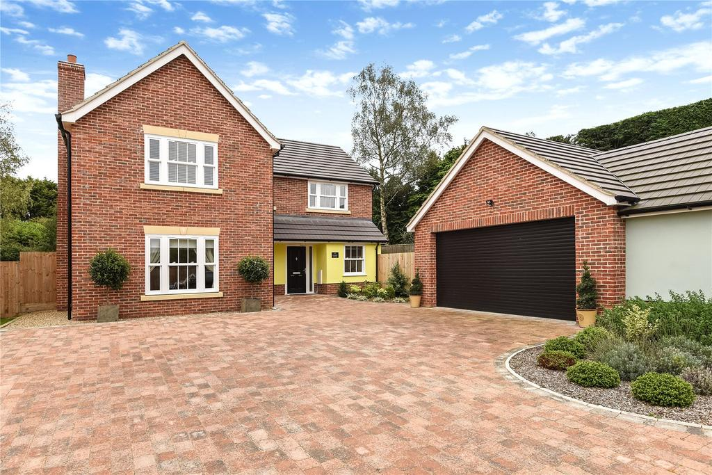 5 Bedrooms Detached House for sale in Cherry Tree Rise, Drinkstone, Bury St Edmunds, Suffolk, IP30