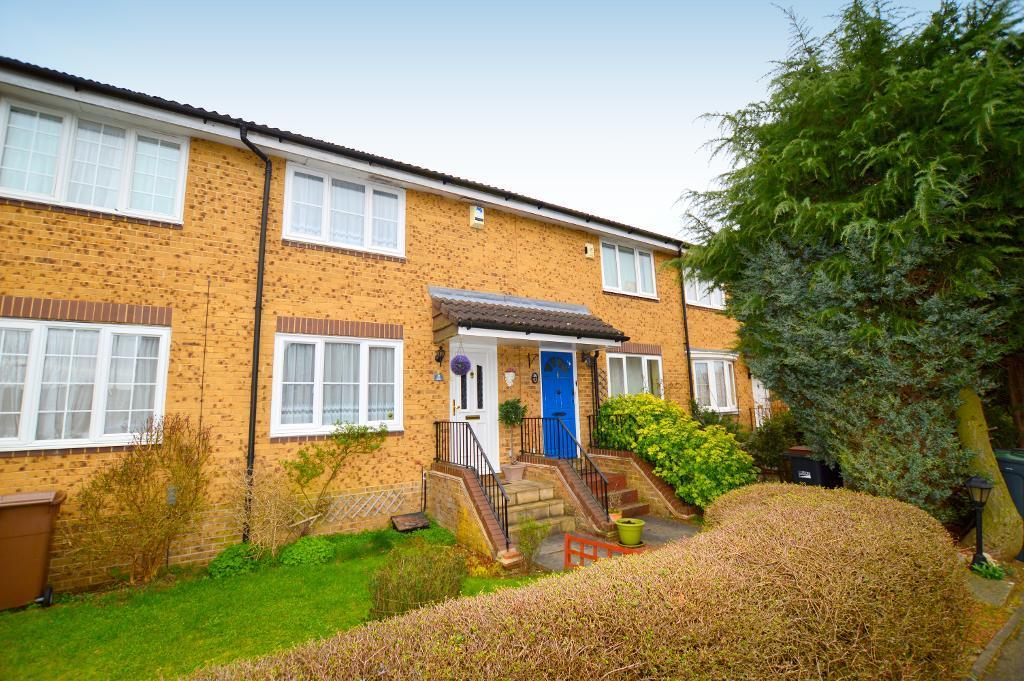 2 Bedrooms Terraced House for sale in Whitwell Close, Luton, LU3 4BS