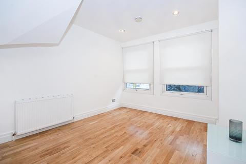 2 bedroom flat to rent - Mallow Street, EC1Y