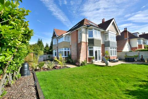 3 bedroom apartment for sale - Kings Crescent, Poole, BH14 9PR