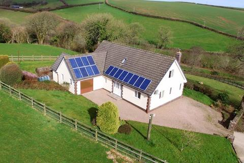 4 bedroom bungalow for sale - Parkham, Bideford