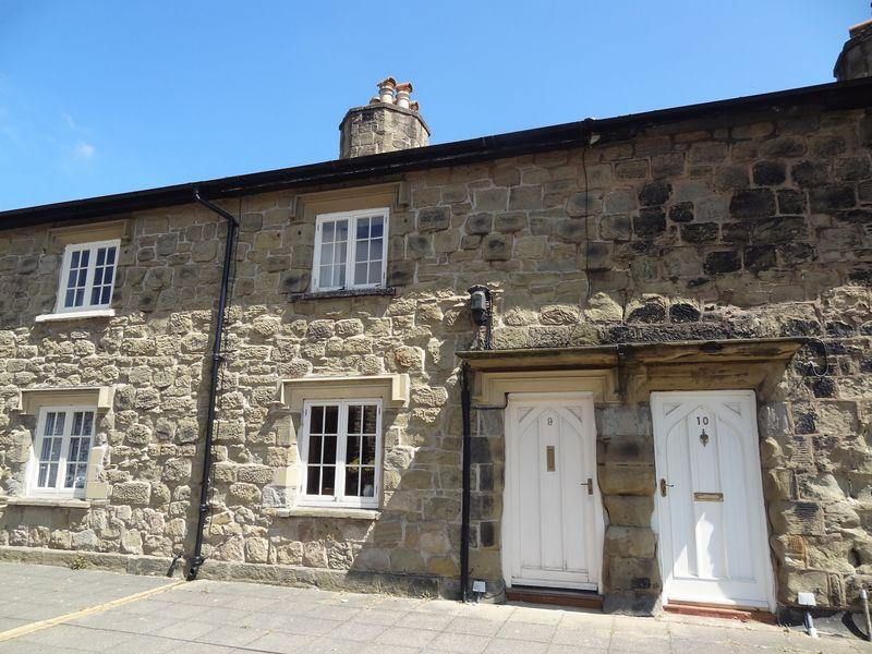 2 Bedrooms Terraced House for sale in Park Street, Ruabon