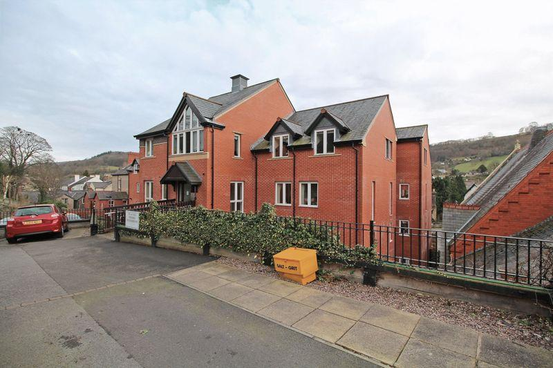 1 Bedroom Apartment Flat for sale in Cwrt Glan Y Gamlas, Abbey Road, Llangollen