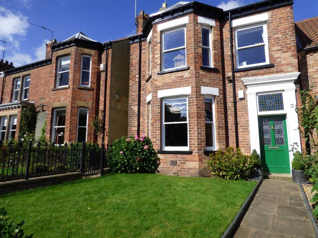 4 Bedrooms Town House for sale in York Road, Beverley