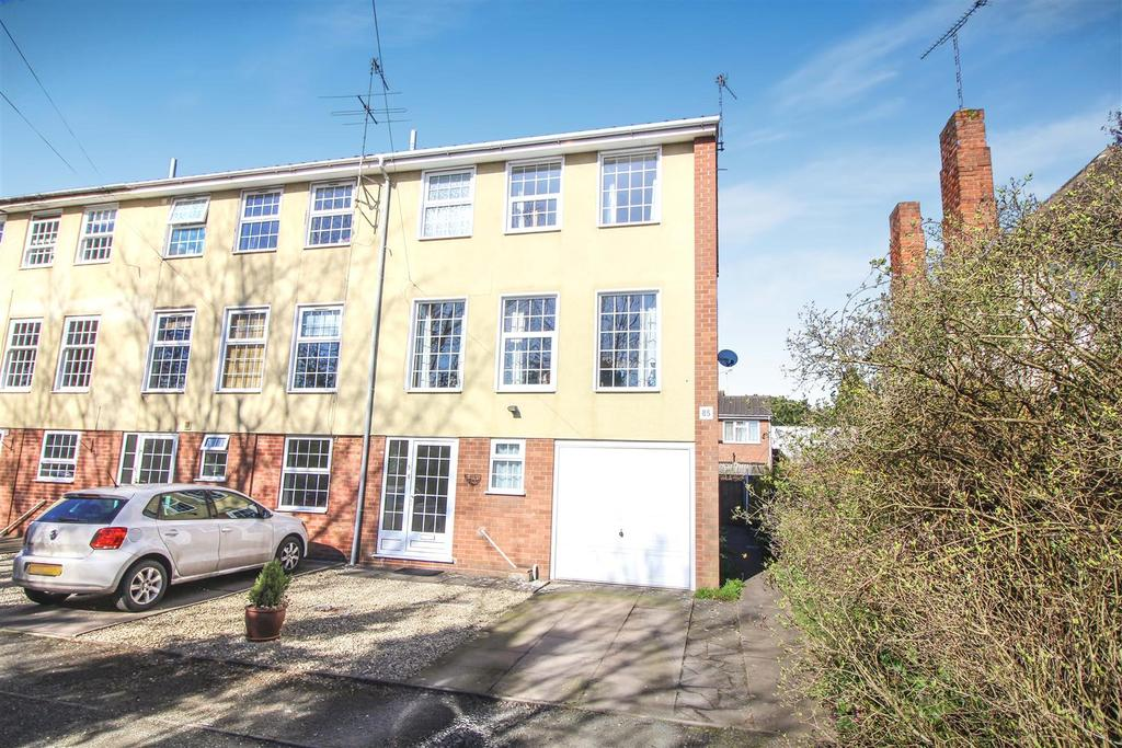 2 Bedrooms End Of Terrace House for sale in Radford Road, Leamington Spa