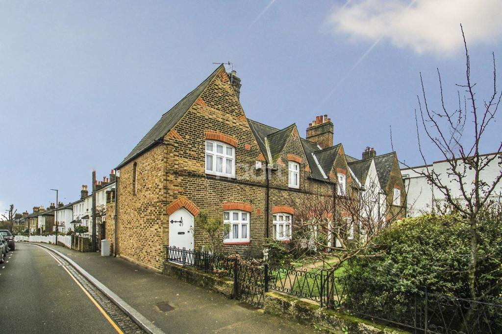 2 Bedrooms End Of Terrace House for sale in Denmark Road, Wimbledon Village, SW19