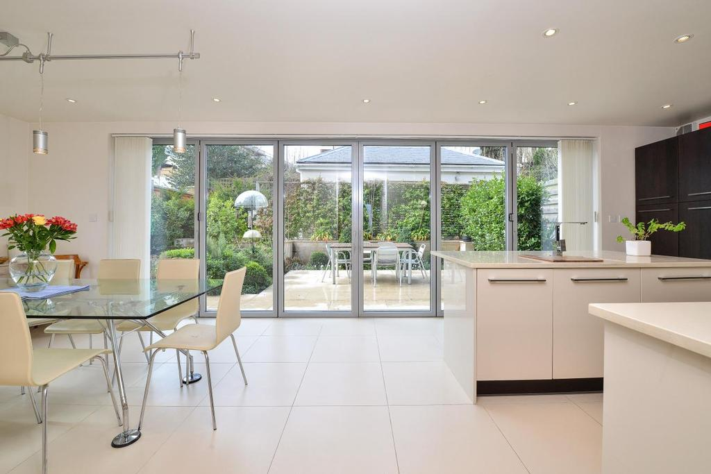 5 Bedrooms Detached House for sale in Canonbie Road, Forest Hill