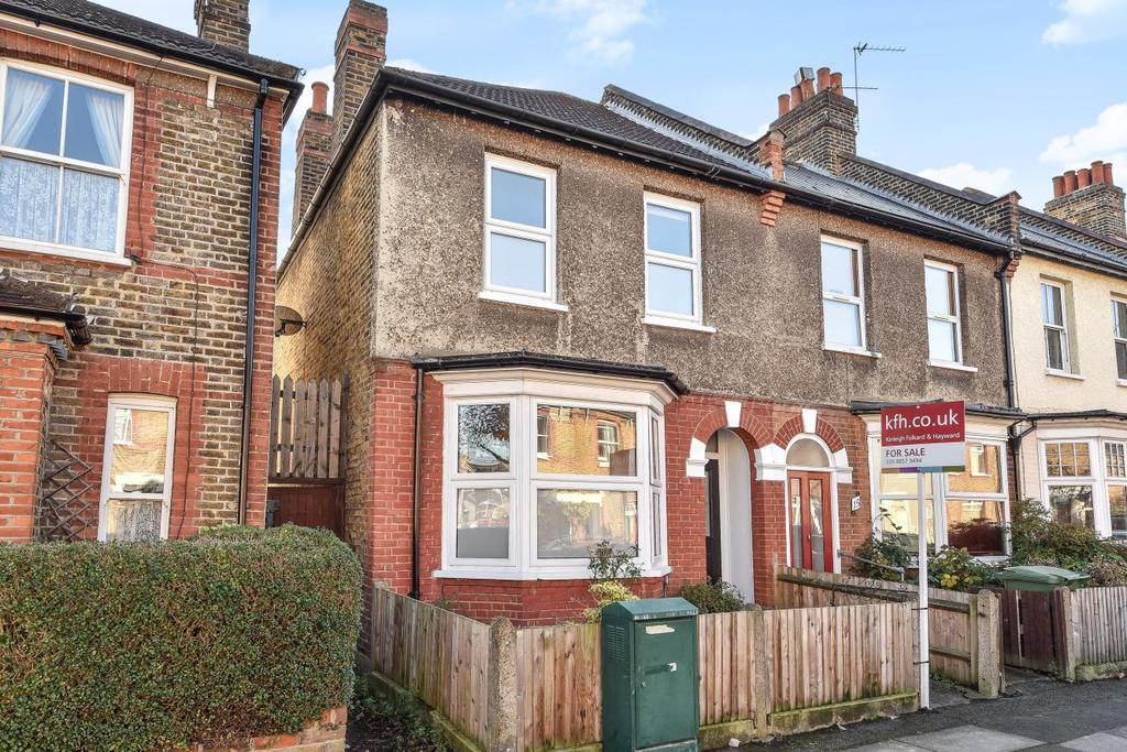 3 Bedrooms Semi Detached House for sale in Heather Road, Lee