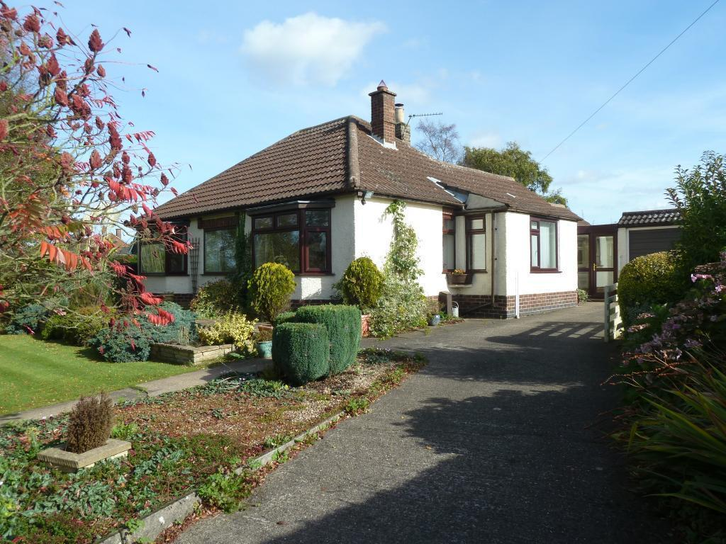 3 Bedrooms Detached Bungalow for sale in Waltham on the Wolds