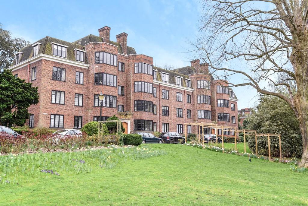 3 Bedrooms Flat for sale in Manor Fields, Putney