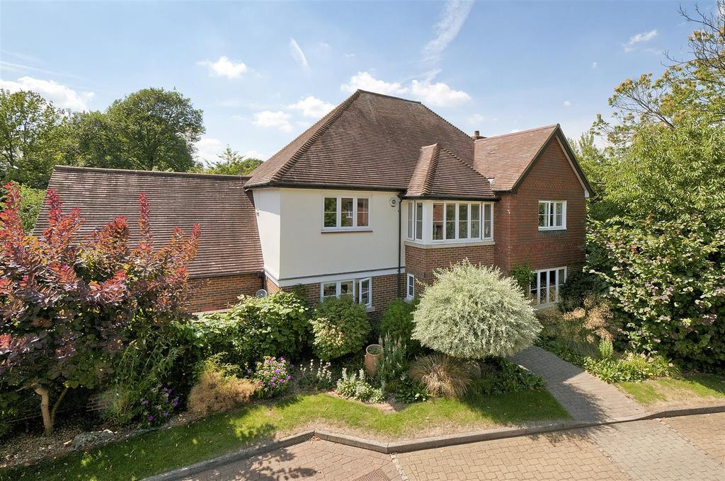 6 Bedrooms Detached House for sale in Hollandbury Park, Kings Hill, ME19 4BZ