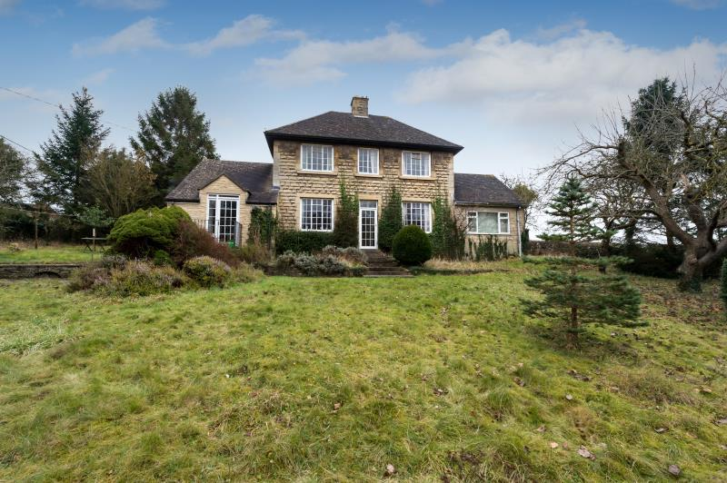 3 Bedrooms Detached House for sale in Manor Road, Bladon, Woodstock, Oxfordshire
