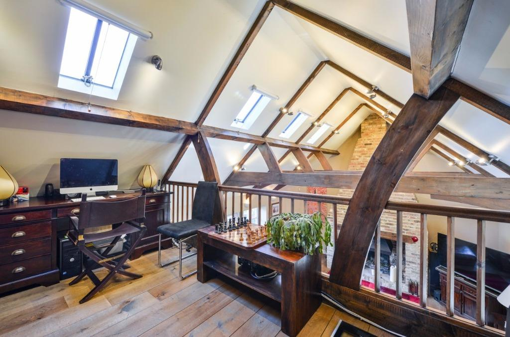 4 Bedrooms Detached House for sale in Church Hill Pyecombe BN45