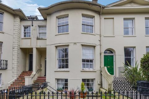 2 bedroom flat for sale - Hanover Crescent Brighton  BN2
