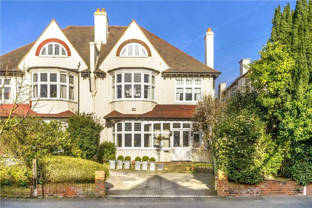 6 Bedrooms Semi Detached House for sale in Red Post Hill, North Dulwich, London, SE24
