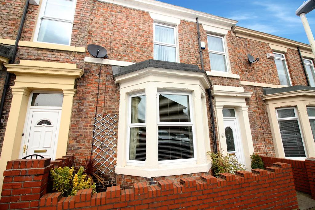 3 Bedrooms House for sale in St. Edmunds Road, Gateshead