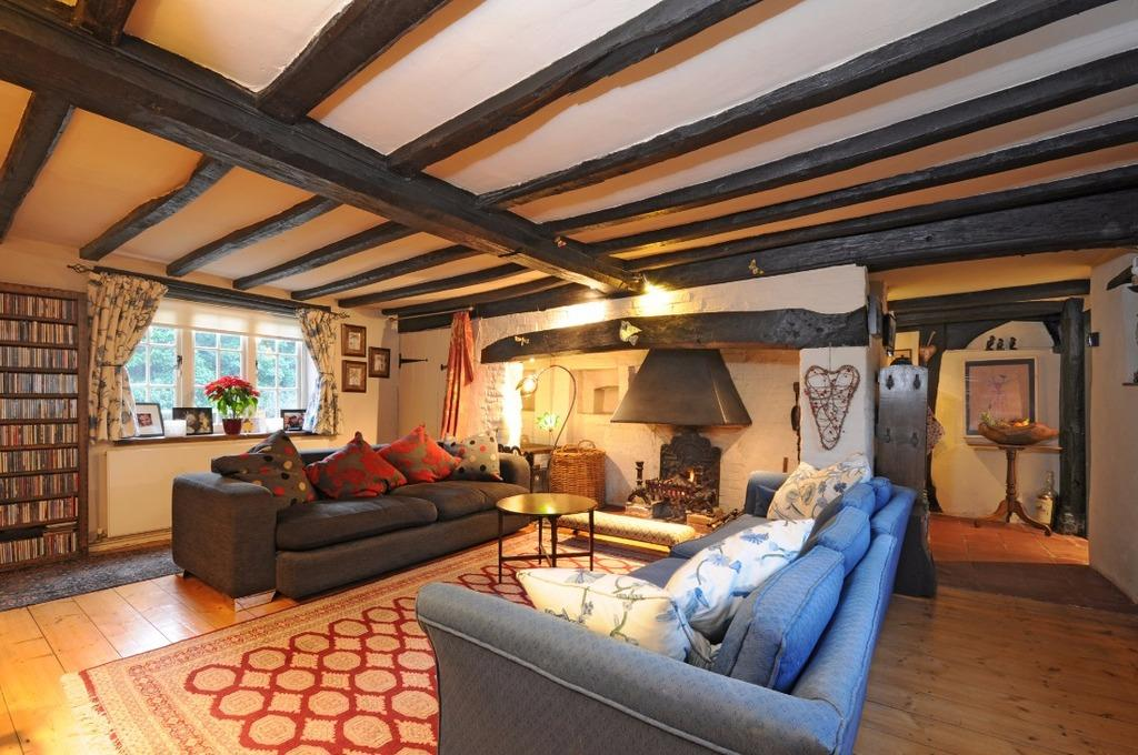 4 Bedrooms Semi Detached House for sale in Albourne Road Hurstpierpoint West Sussex BN6