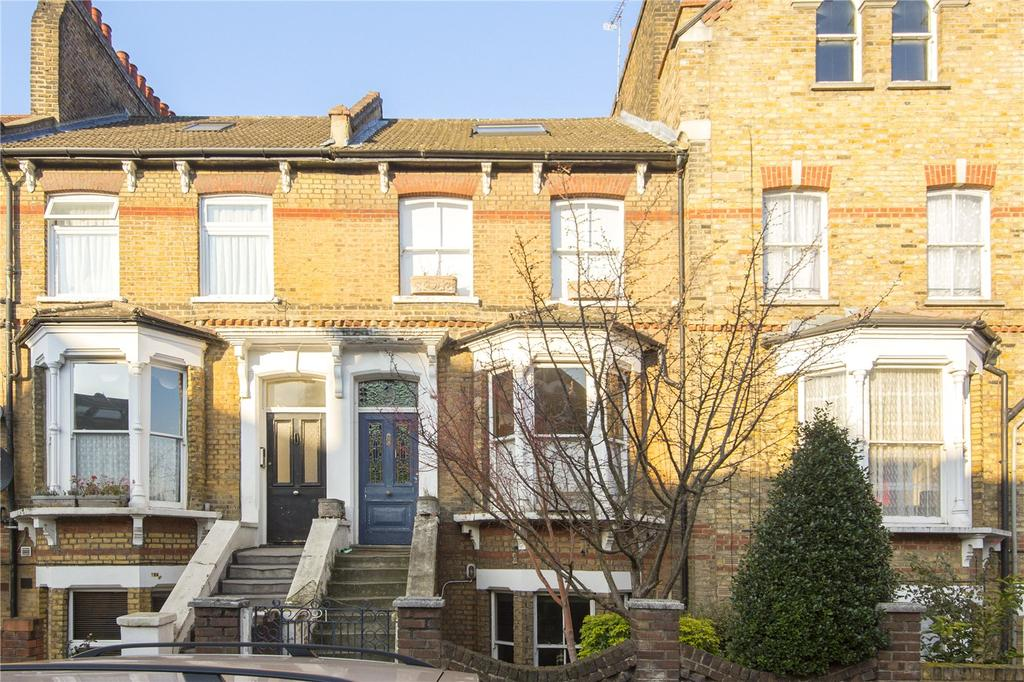 4 Bedrooms House for sale in Sandringham Road, London, E8