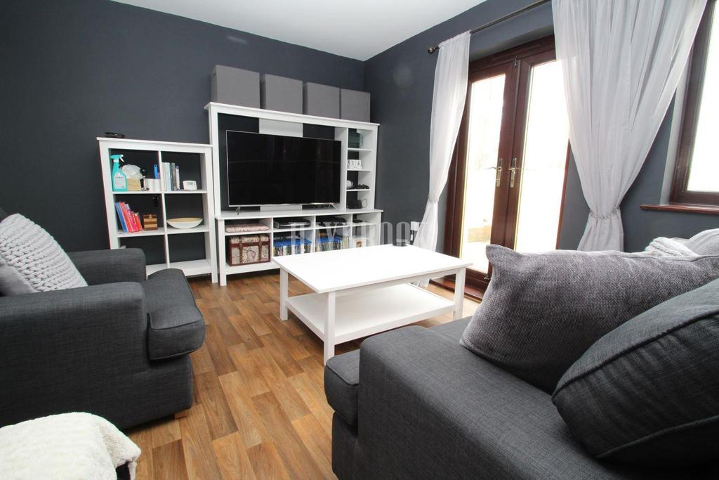 One Bed Room Flat For Rent In Woodhouse