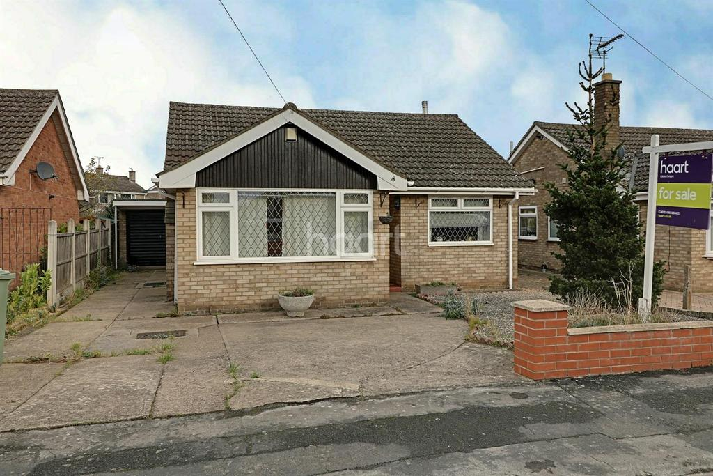 2 Bedrooms Bungalow for sale in Teesdale Road, Grantham