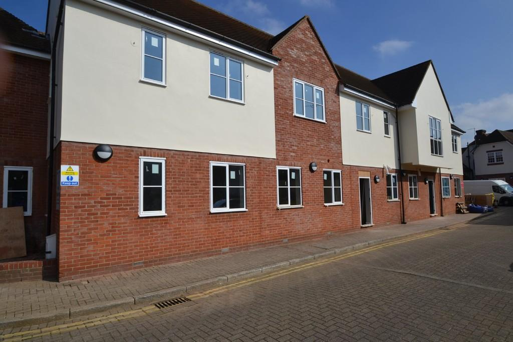 2 Bedrooms Apartment Flat for sale in Guithavon Street, Witham