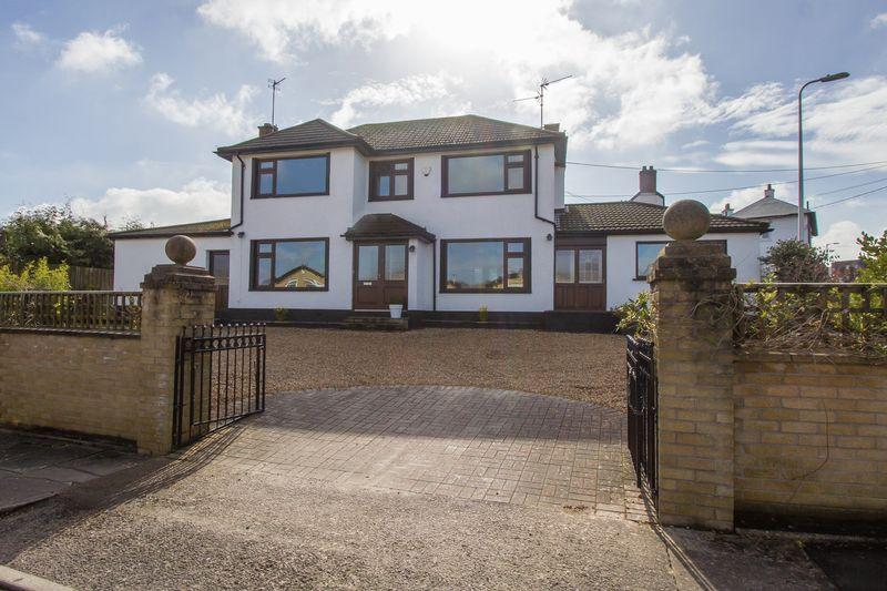 5 Bedrooms Detached House for sale in Mill Close, Dinas Powys