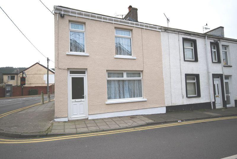 3 Bedrooms End Of Terrace House for sale in 1 Company Street, Resolven, Neath, SA11 4HU