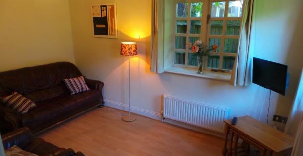 3 Bedrooms Cottage House for rent in Shell Cottage Roysdean Manor, 5 Derby Road, Bournemouth, BH1