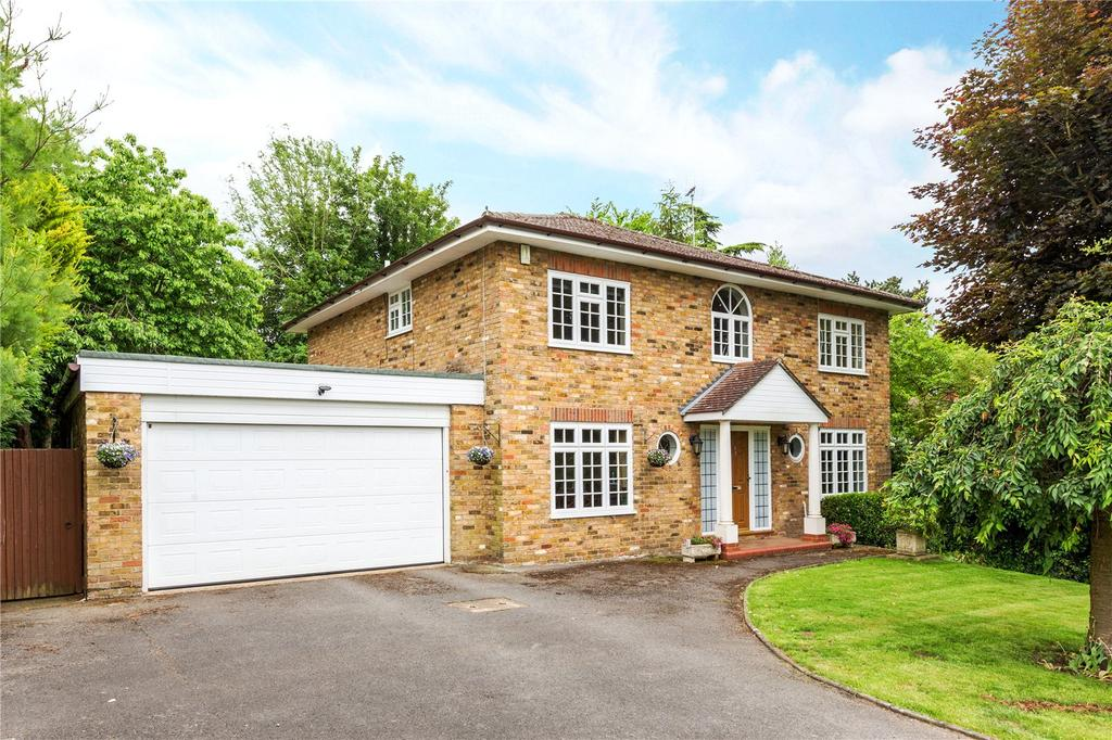 4 Bedrooms Detached House for sale in Spencer Walk, Rickmansworth, Hertfordshire, WD3