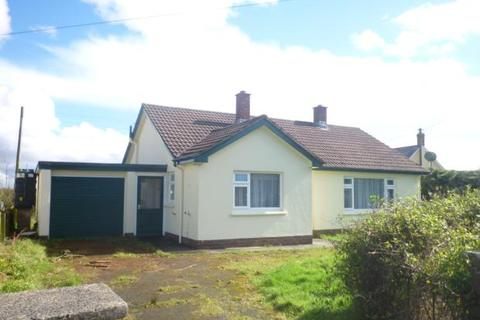 3 bedroom bungalow to rent - The Beacon, Holsworthy,