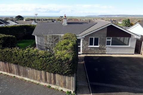 4 bedroom bungalow for sale - Richmond Park, Northam