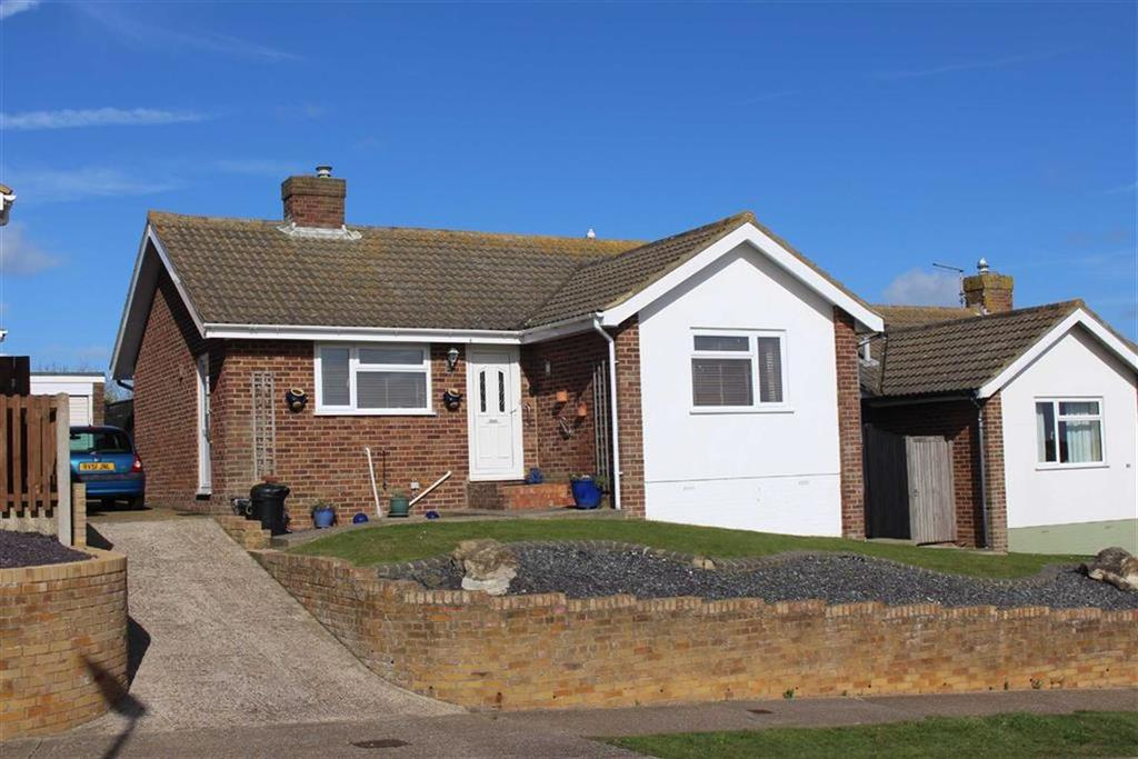 2 Bedrooms Detached Bungalow for sale in Hawth Park Road, Seaford