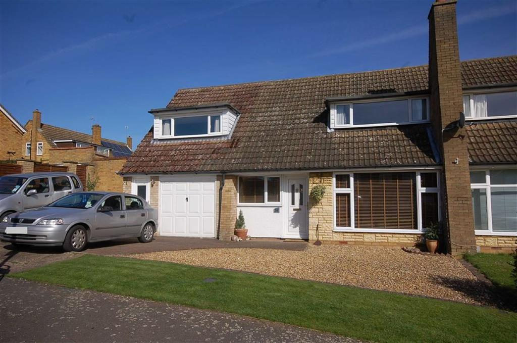 4 Bedrooms House for sale in Millard Way, Hitchin, Hertfordshire