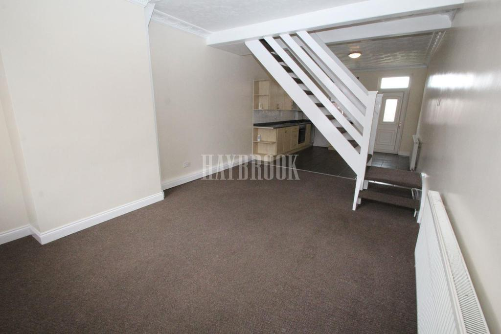 2 Bedrooms Terraced House for sale in Park Road, Worsbrough