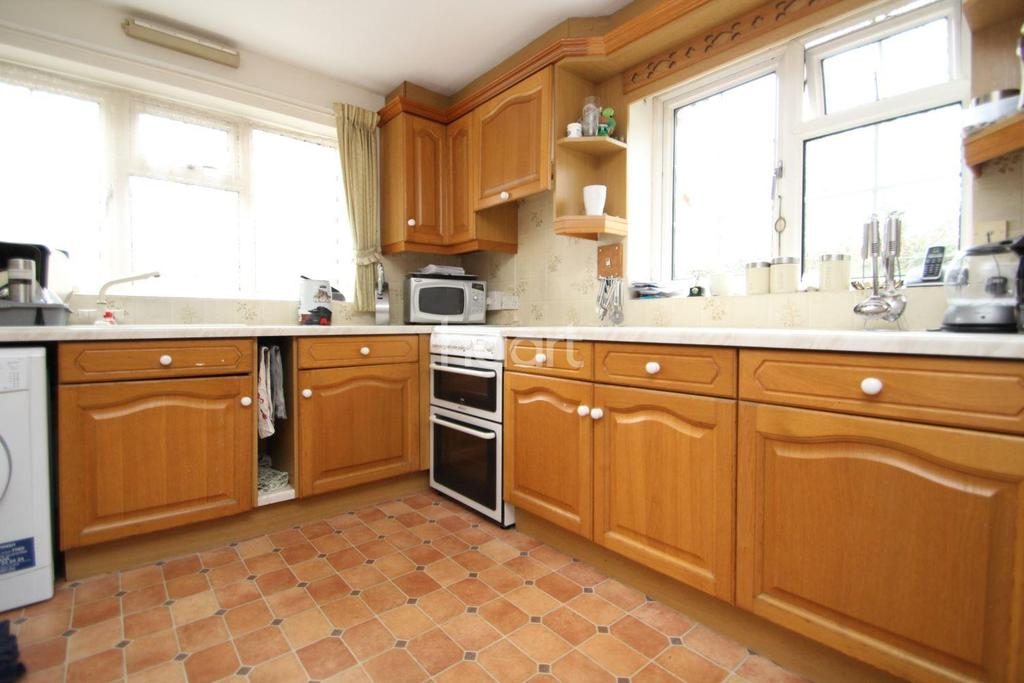 2 Bedrooms Terraced House for sale in High Street, Navenby