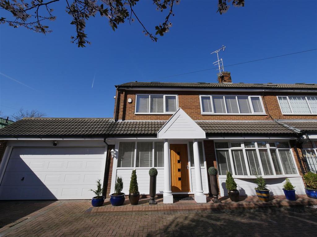 5 Bedrooms Semi Detached House for sale in Ashbrooke Range, Ashbrooke, Sunderland