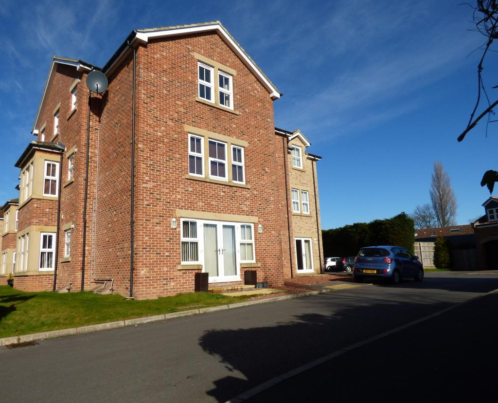2 Bedrooms Apartment Flat for sale in Hartburn Mews, Green Lane, Hartburn, Stockton-On-Tees, TS18