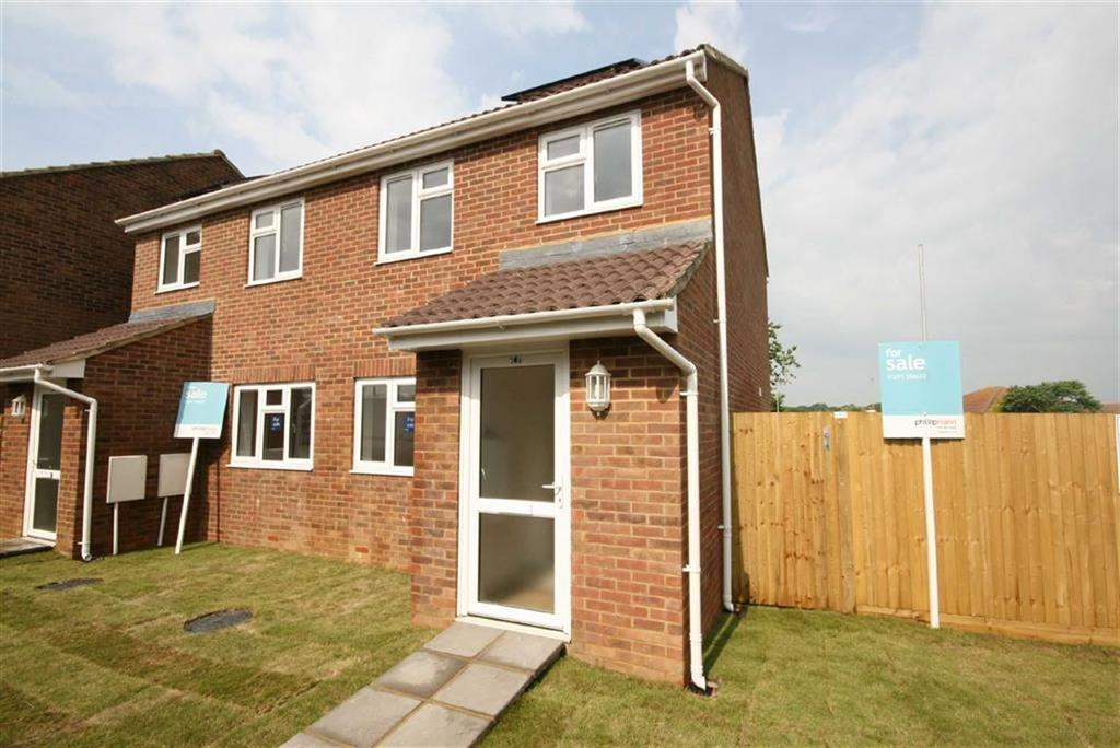 3 Bedrooms Semi Detached House for sale in Downs View, Peacehaven