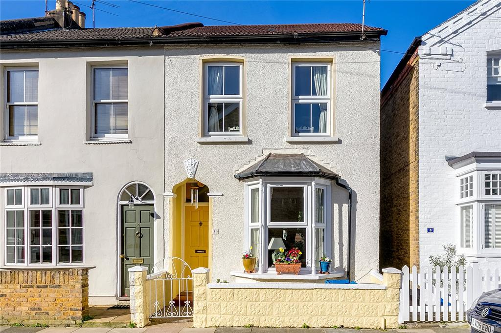 3 Bedrooms Terraced House for sale in Princes Road, Sheen, London