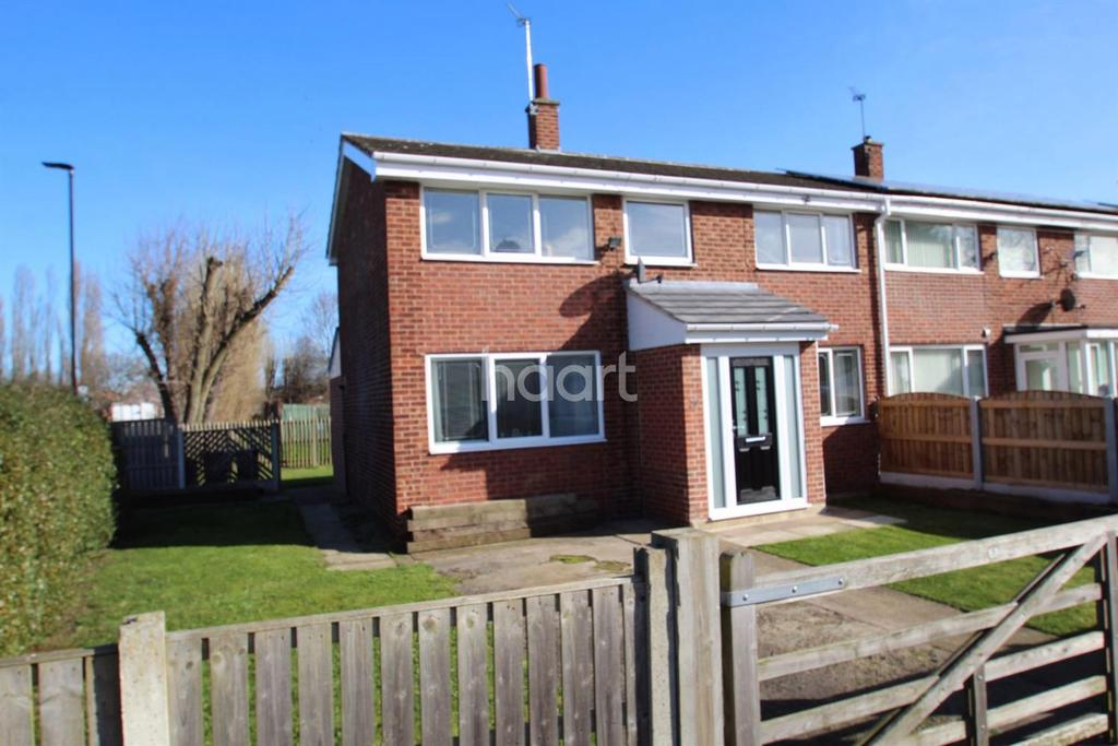 3 Bedrooms Semi Detached House for sale in Buttermere Close, Carcroft