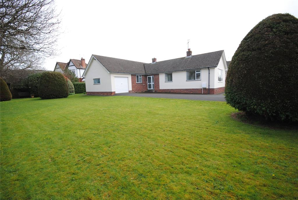 3 Bedrooms Detached Bungalow for sale in 1 Hillview,, Round Oak Grove,, CHEDDAR, Somerset, BS27