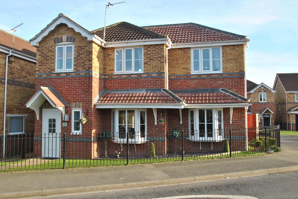 4 Bedrooms Detached House for sale in Church Lane, Warmsworth, Doncaster