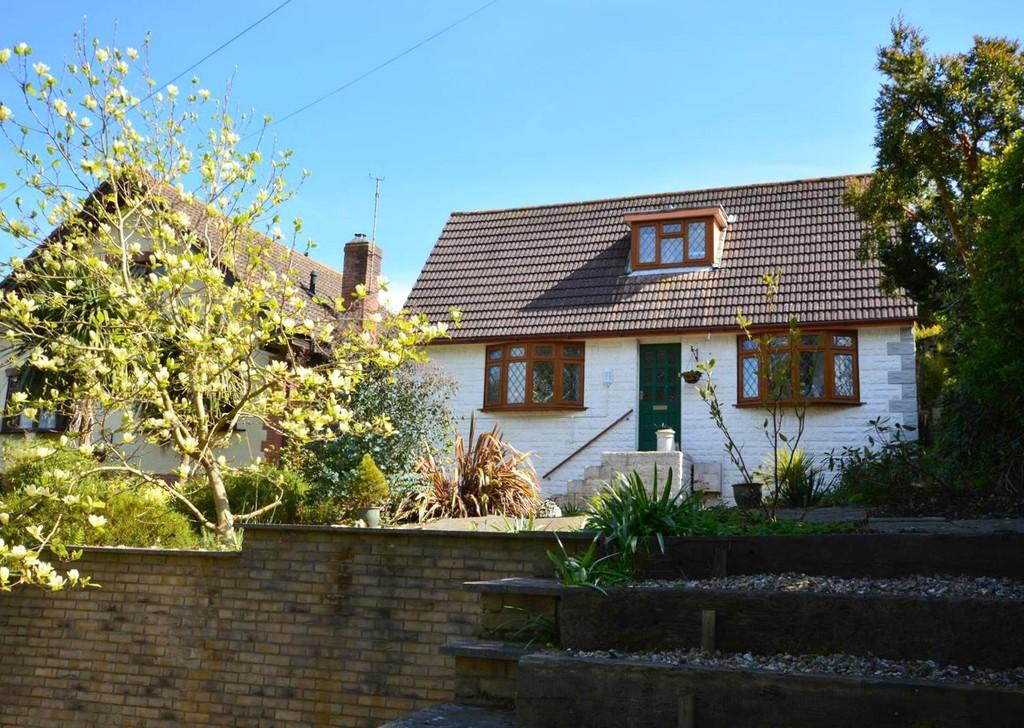 3 Bedrooms Detached House for sale in Shanklin