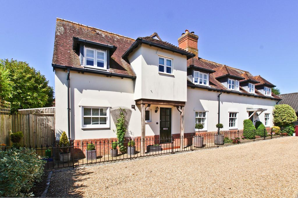 Oving Nr Chichester 3 Bed Semi Detached House For Sale