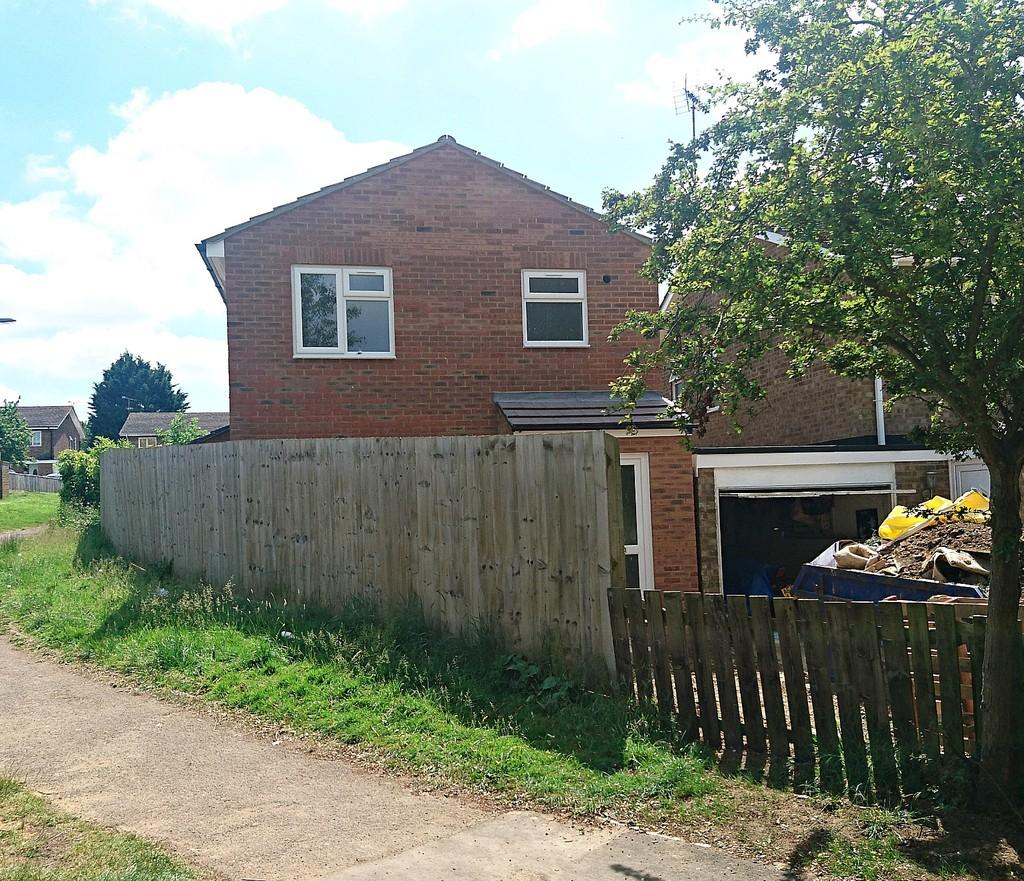 3 Bedrooms Detached House for sale in Bayard Brow, Brackley