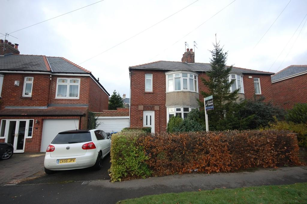 3 Bedrooms Semi Detached House for sale in Durham Moor Crescent, Durham City